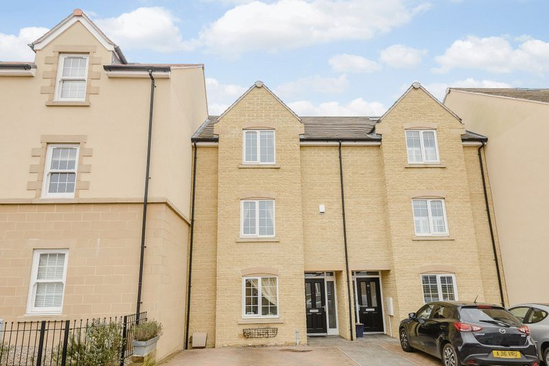 4 Bedrooms Semi Detached House for sale in Cherryholt Road, Stamford