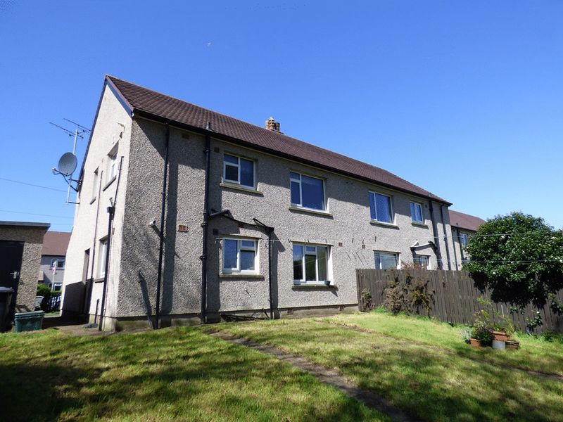2 Bedrooms Flat for sale in Bowland Road, Morecambe