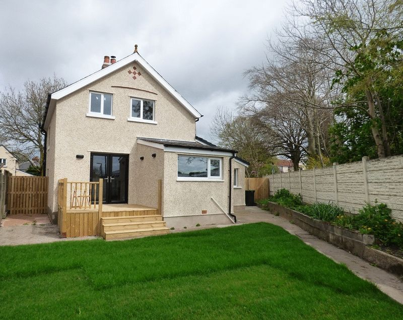 3 Bedrooms Detached House for sale in Lancaster Road, Morecambe