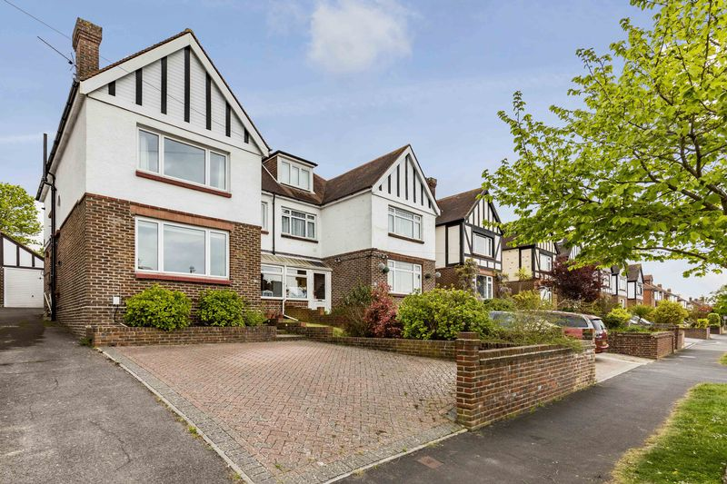 4 Bedrooms Semi Detached House for sale in Grant Road, Portsmouth