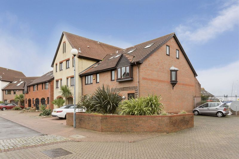 Cadgwith Place, Port Solent, PO6