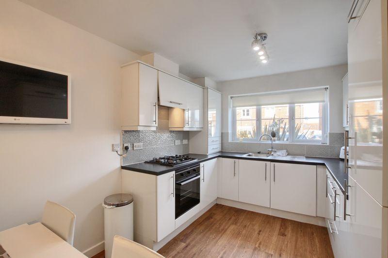 3 Bedrooms Terraced House for sale in Kenwood Crescent, Ingleby Barwick