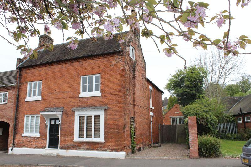 4 Bedrooms Property for sale in Monk Street, Burton-On-Trent