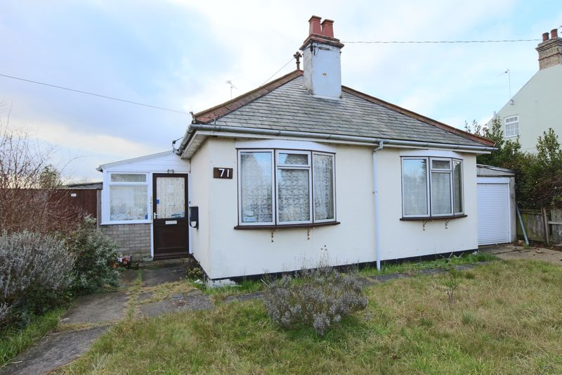 4 Bedrooms Bungalow for sale in Kirkley Run, Lowestoft