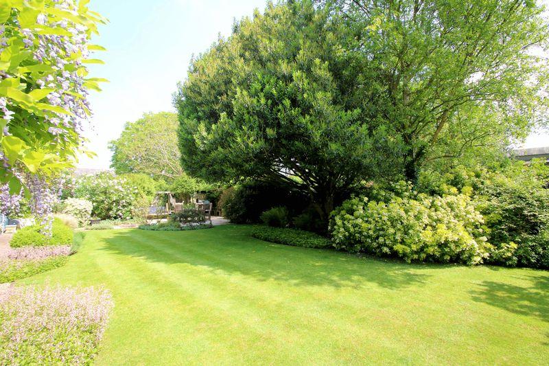 Box Tree Lane Postcombe