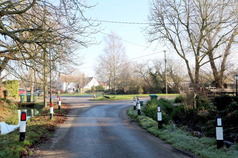 3 Church Road Ickford