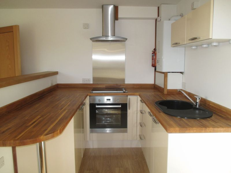 1 Bedroom Flat for sale in Huish, Yeovil