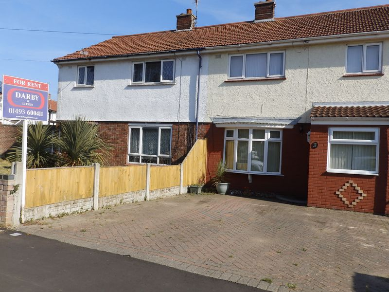 3 Bedrooms Terraced House for sale in Somerville Avenue, Gorleston, Great Yarmouth