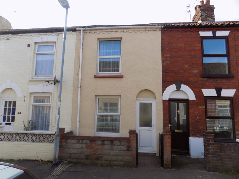 2 Bedrooms Terraced House for sale in East Road, Great Yarmouth