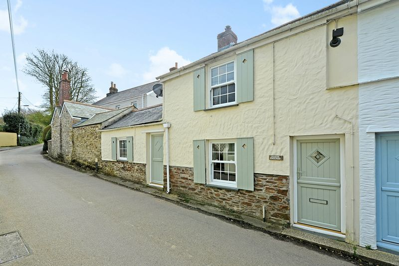 3 Bedrooms Terraced House for sale in Tregony Road, Probus
