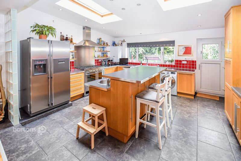 4 Bedrooms Detached House for sale in Ivy Cottage, Moorgate Grove