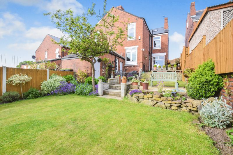 4 Bedrooms Semi Detached House for sale in Broom Road, Broom