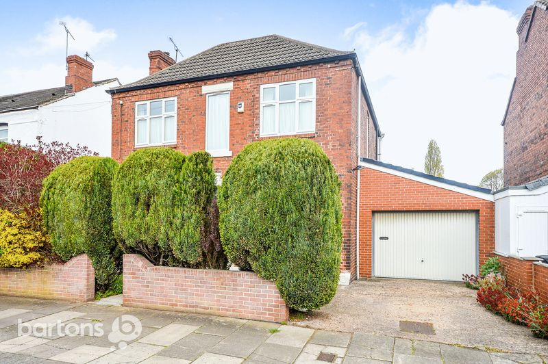 3 Bedrooms Detached House for sale in Oakwood Road East, Broom, Rotherham