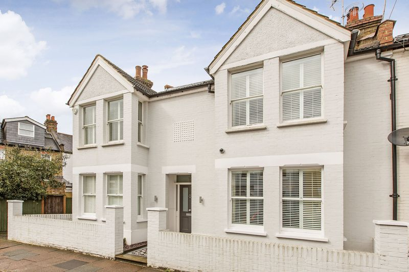 5 Bedrooms Semi Detached House for sale in Fitzgerald Avenue, SW14