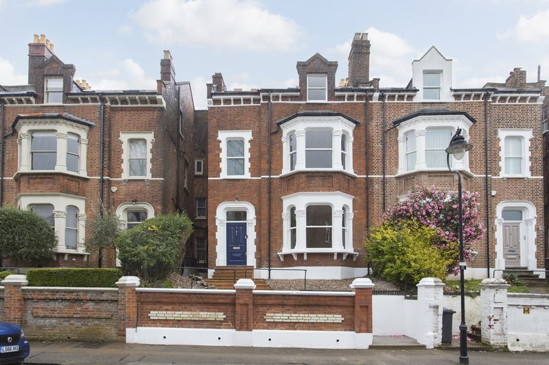 5 Bedrooms Semi Detached House for sale in Cromwell Place, Highgate Village, N6
