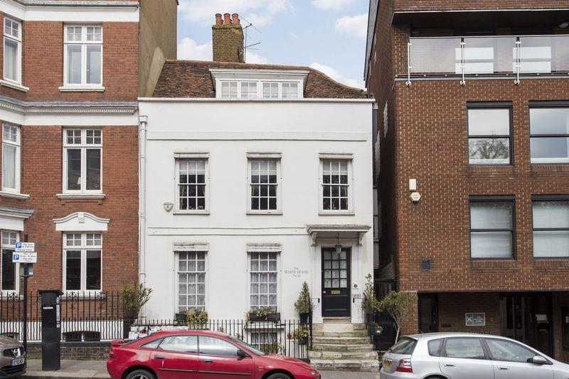 5 Bedrooms House for sale in Highgate High Street, Highgate Village, N6