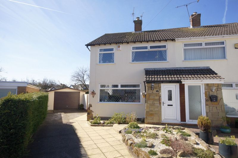 3 Bedrooms Detached House for sale in Rydal Close, Wirral