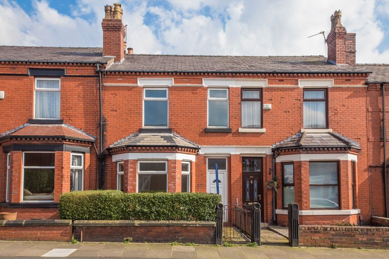3 Bedrooms Terraced House for sale in Gidlow Lane, Springfield