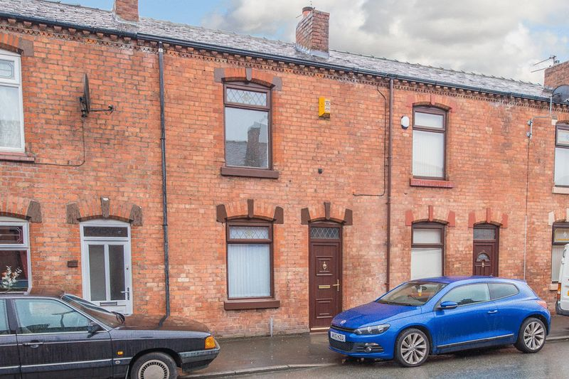 2 Bedrooms Terraced House for sale in Enfield Street, Wigan
