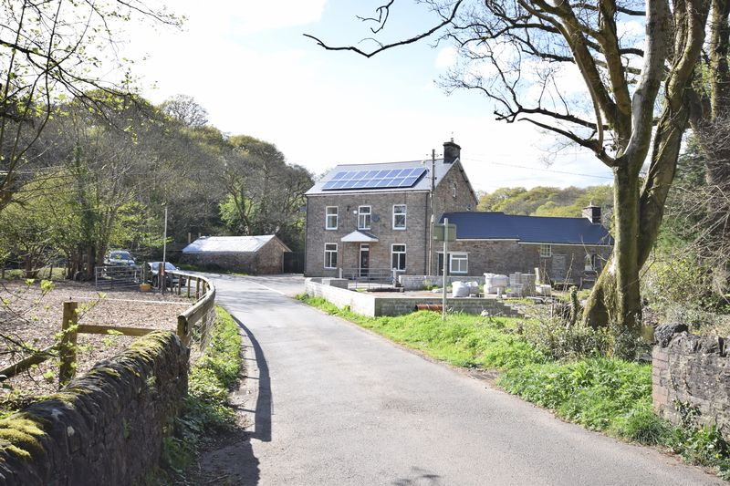 5 Bedrooms Detached House for sale in Tyler House, Llangynwyd, Maesteg