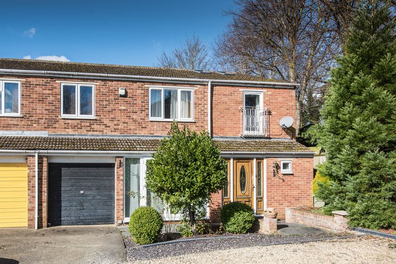 4 Bedrooms House for sale in Brooke Close, Bletchley, Milton Keynes