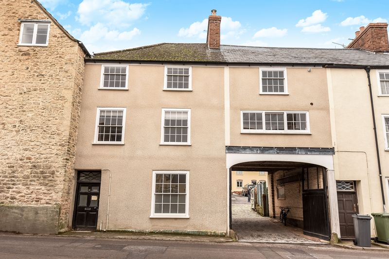 3 Bedrooms Terraced House for sale in Haw Street, Wotton-Under-Edge