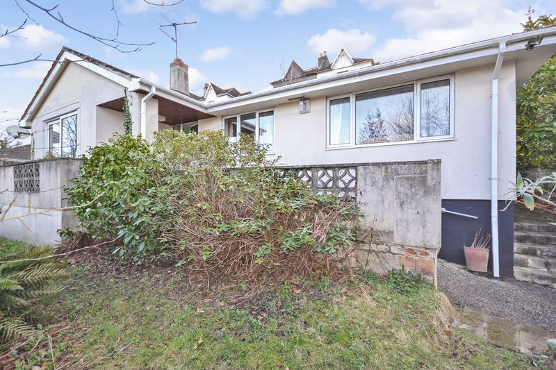 3 Bedrooms Detached Bungalow for sale in The Bridle Path, Totnes