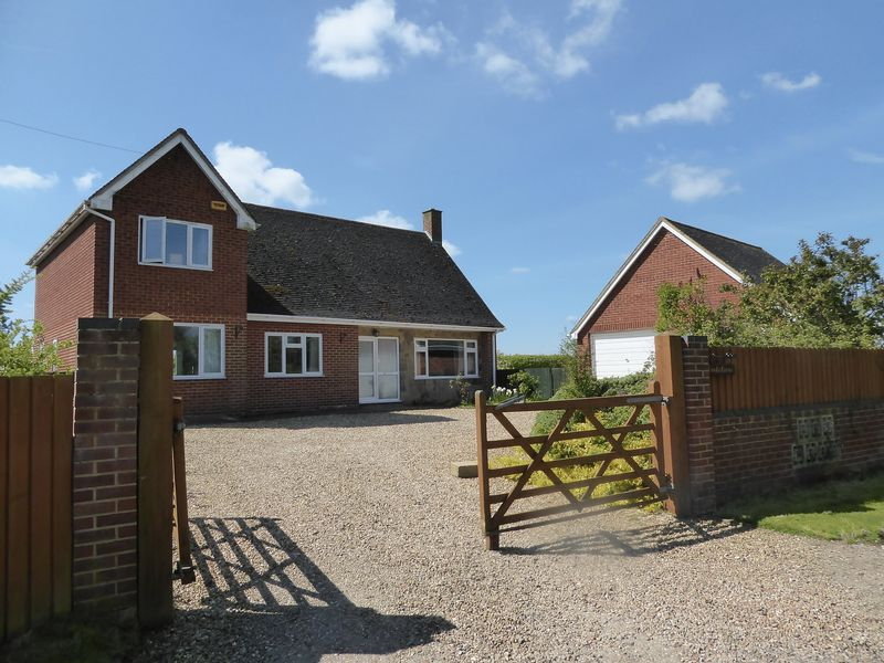 4 Bedrooms Detached House for sale in Mill Lane, Twyford