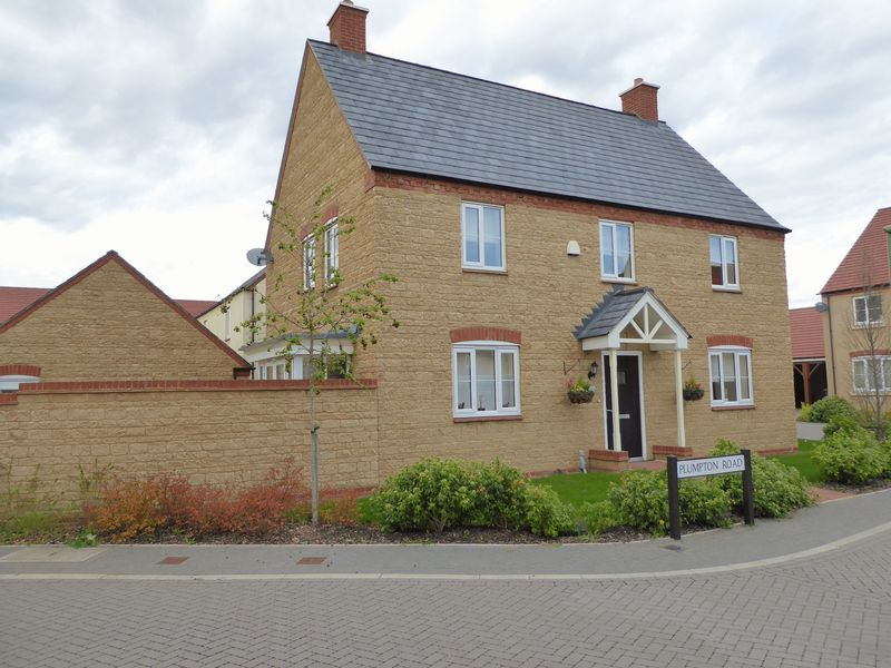 4 Bedrooms Detached House for sale in Plumpton Road, Bicester