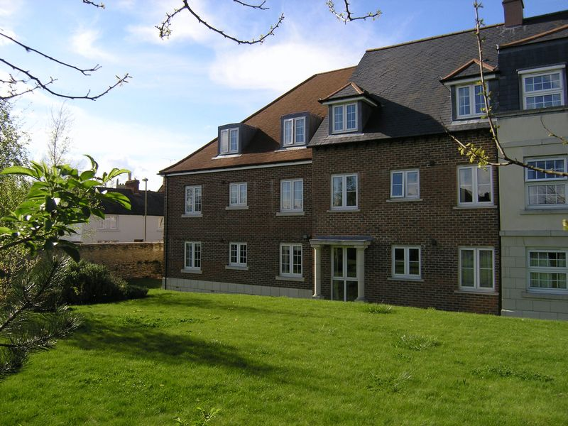 1 Bedroom Retirement Property for sale in Wessex Way, Bicester