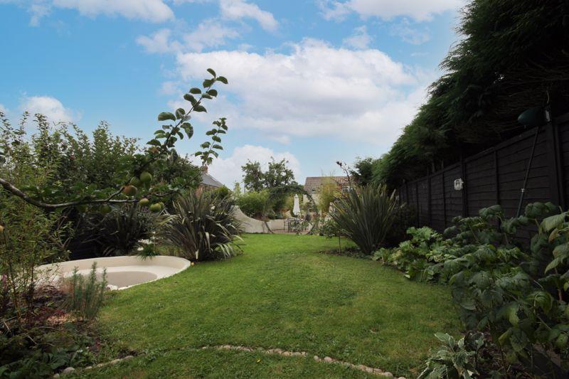 Lauty Lane Long Riston