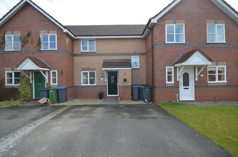 2 Bedrooms Semi Detached House for sale in 12 Elkfield Drive, Blackpool Lancs FY3 7RG