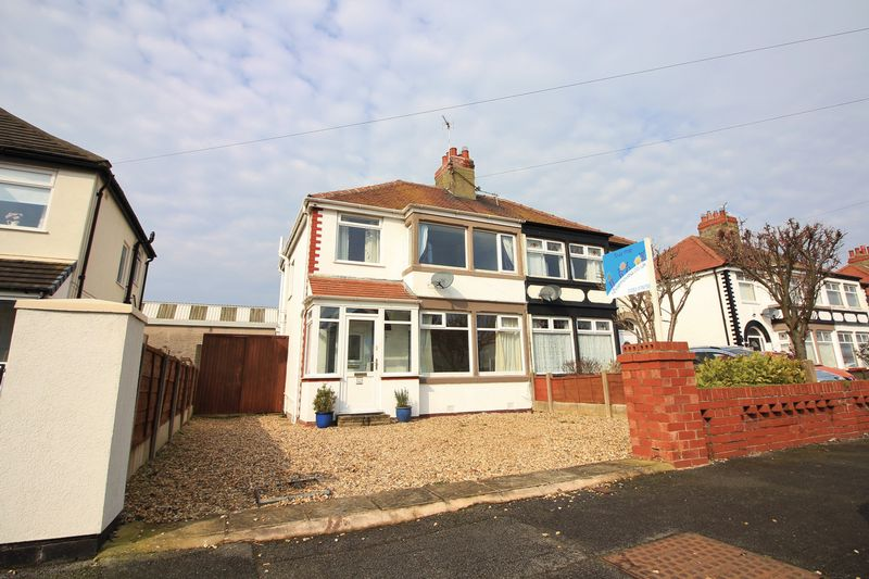 3 Bedrooms Semi Detached House for sale in 101 Cleveleys Avenue, Cleveleys, FY5 2DZ