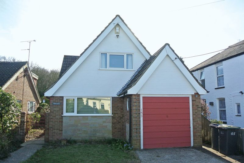 2 Bedrooms Detached House for sale in Blean Common, Canterbury