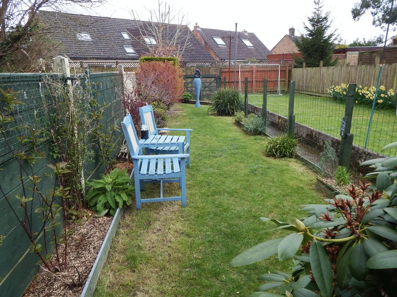 3 Bedrooms Terraced House for sale in Lyme Road, Crewkerne