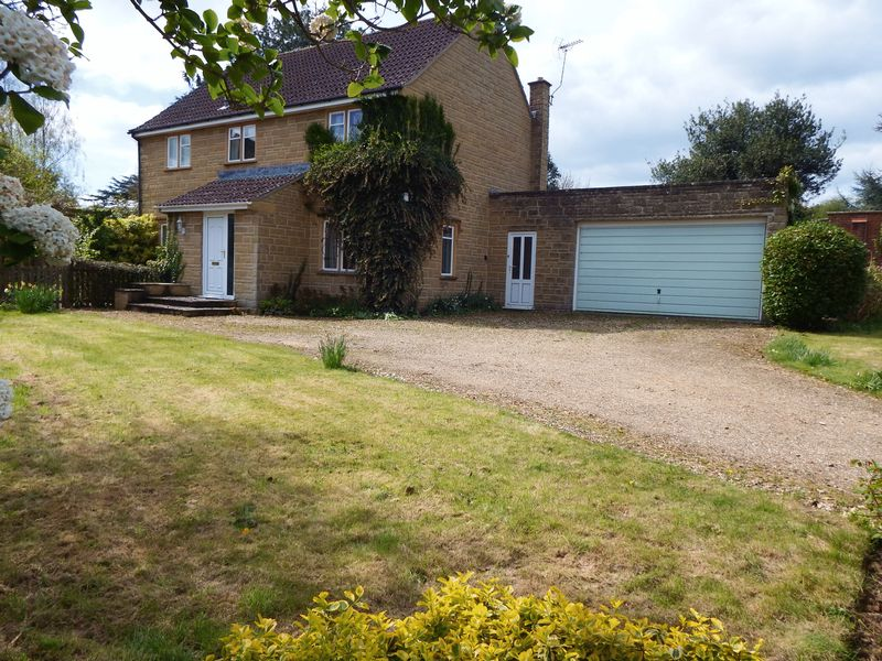 3 Bedrooms Detached House for sale in West Street, Hinton St. George