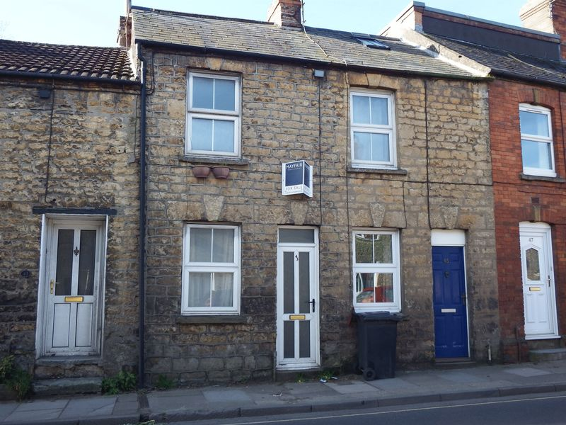 2 Bedrooms Cottage House for sale in West Street, Crewkerne