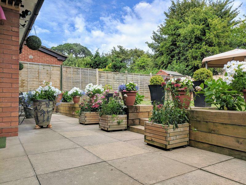 Queens Wood Drive Hampton Park