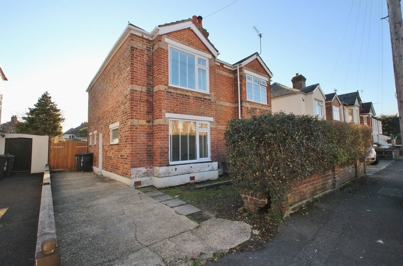 2 Bedrooms Semi Detached House for sale in Nortoft Road, Bournemouth