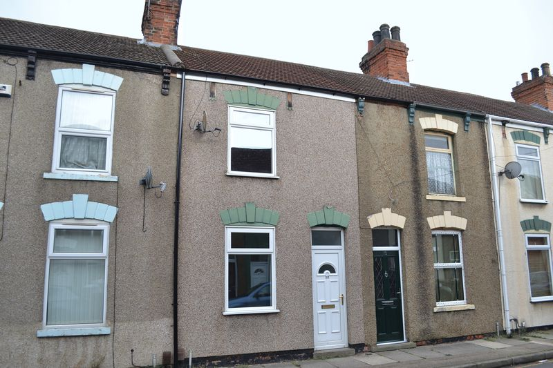 2 Bedrooms Terraced House for sale in Dover Street, Grimsby