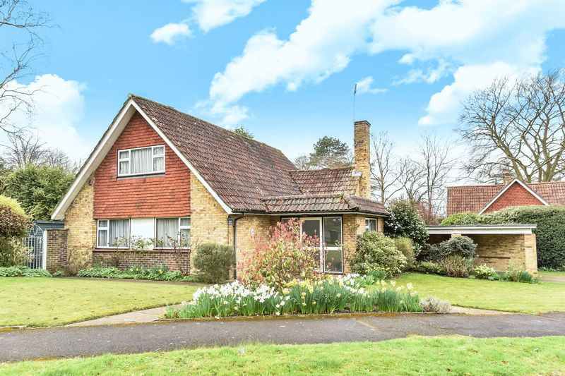 4 Bedrooms Detached House for sale in The Ridings, Epsom