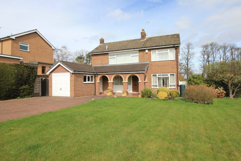 4 Bedrooms Detached House for sale in Hampton Road, Oswestry