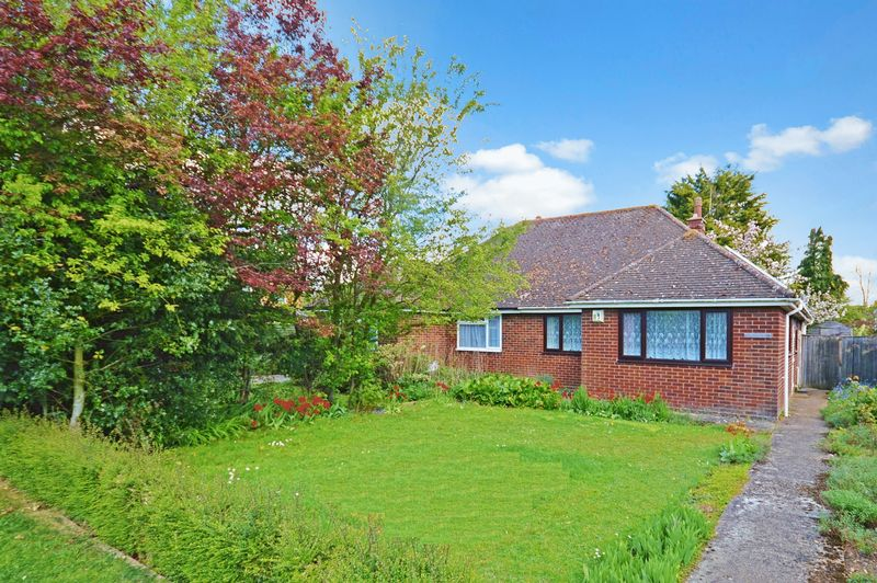 2 Bedrooms Semi Detached Bungalow for sale in Haddenham
