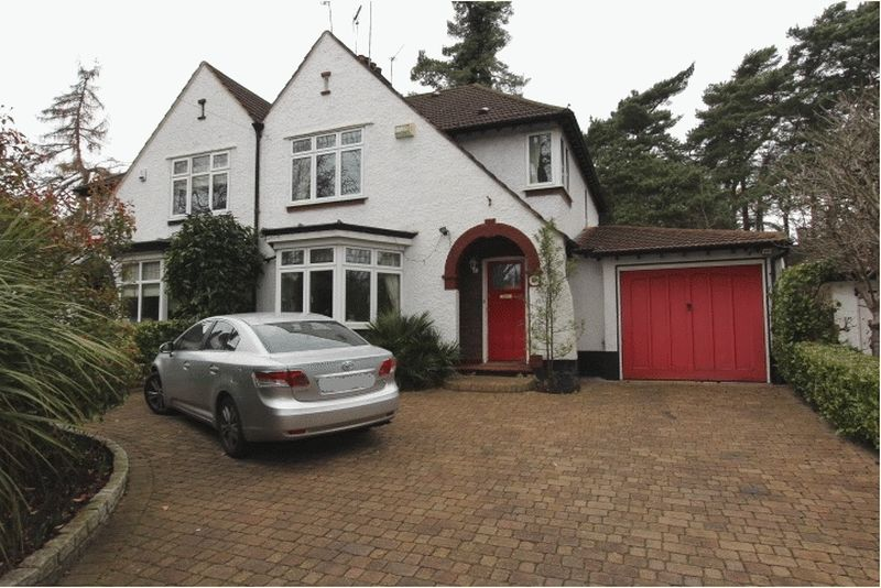 3 Bedrooms Semi Detached House for sale in Woodmansterne Road, Carshalton Beeches