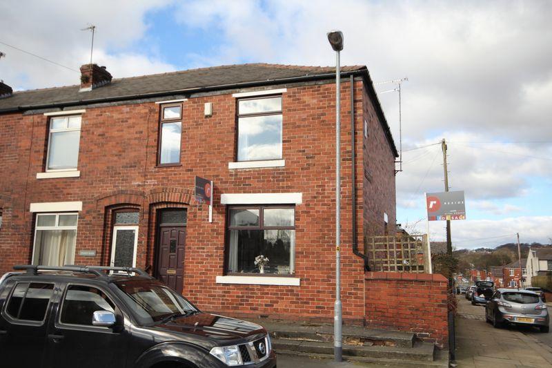 3 Bedrooms Property for sale in Willbutts Lane Meanwood, Rochdale