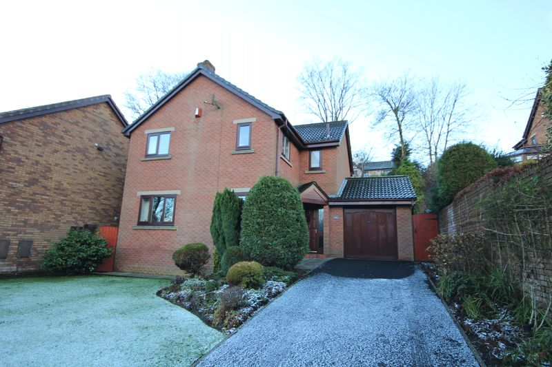 4 Bedrooms Property for sale in Tenterhill Lane Norden, Rochdale