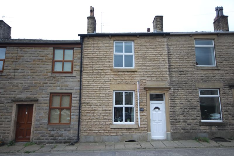 2 Bedrooms Property for sale in Edenfield Road Norden, Rochdale