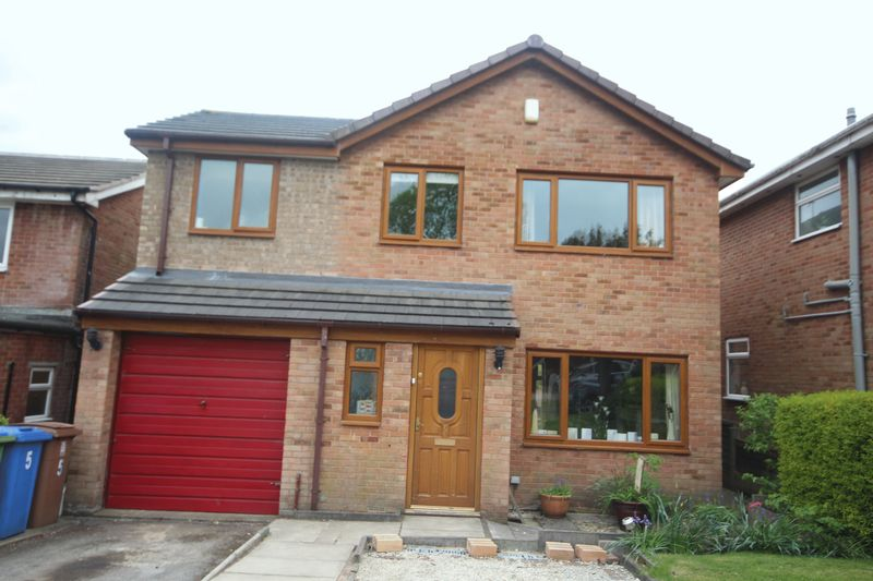 4 Bedrooms Property for sale in Bittern Close Bamford, Rochdale