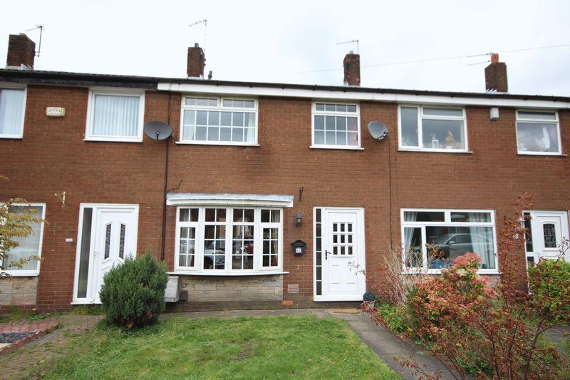 3 Bedrooms Property for sale in Moor Park Avenue Castleton, Rochdale