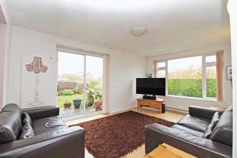 4 Bedrooms Detached House for sale in Greenbank Avenue, Billinge, Wigan